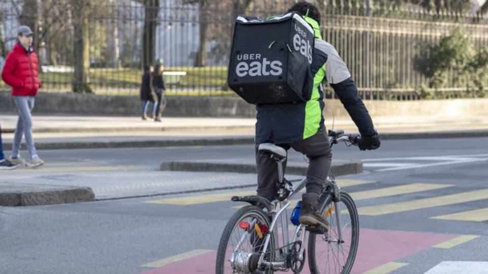Die Kuriere von «Uber Eats» sieht man immer mehr auch in der Agglomeration Bern.