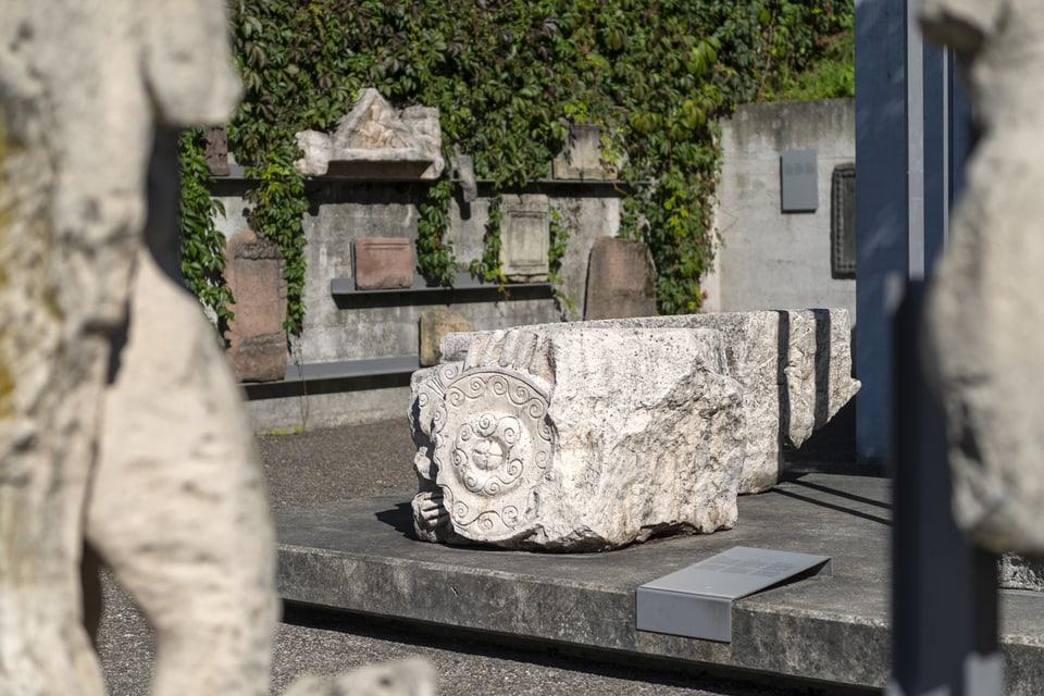 Das Lapidarium mit Steindenkmaelern in der Roemerstadt Augusta Raurica