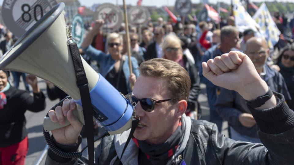 2019 noch ganz ohne Maske und Abstand: 1. Mai Demo in Basel