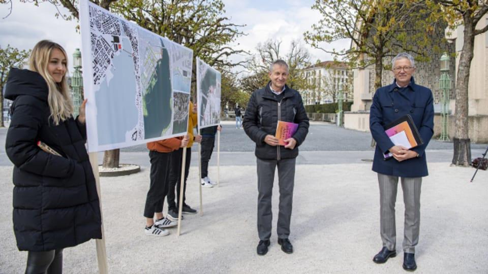 Der Kurplatz: Ein idealer Ort für ein neues Theater, finden Bruno Achermann (links) und Max Germann.