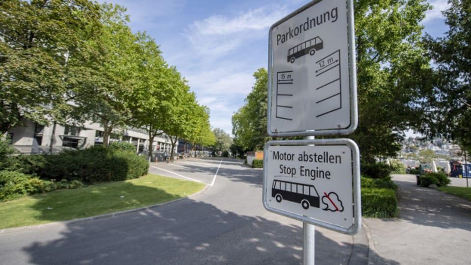 Dieser Parkplatz soll gemäss Volksbeschluss aus dem Jahr 2017 aufgehoben werden.