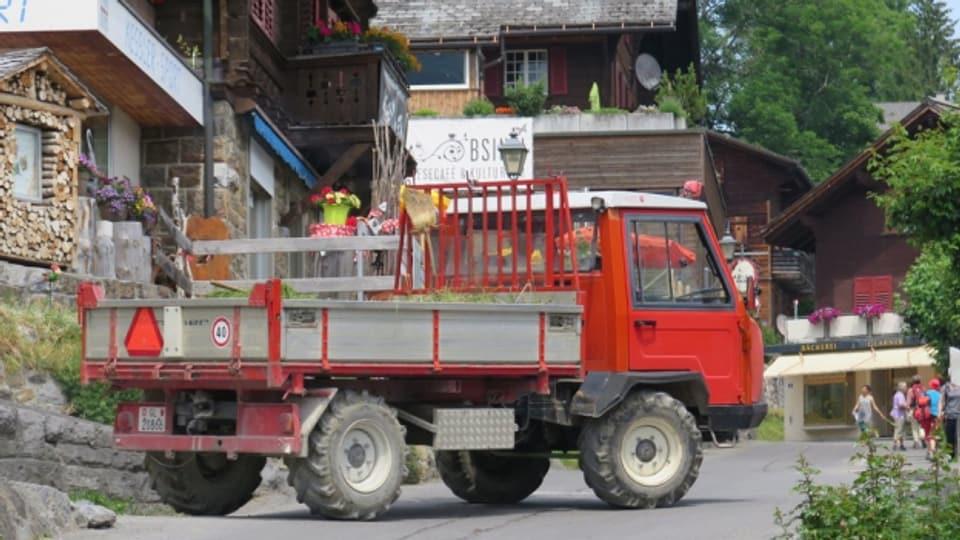 Diese Fahrzeuge stören in Braunwald die Ruhe. Gerade die Landwirtschaft ist aber auf die Dieselfahrzeuge angewiesen.