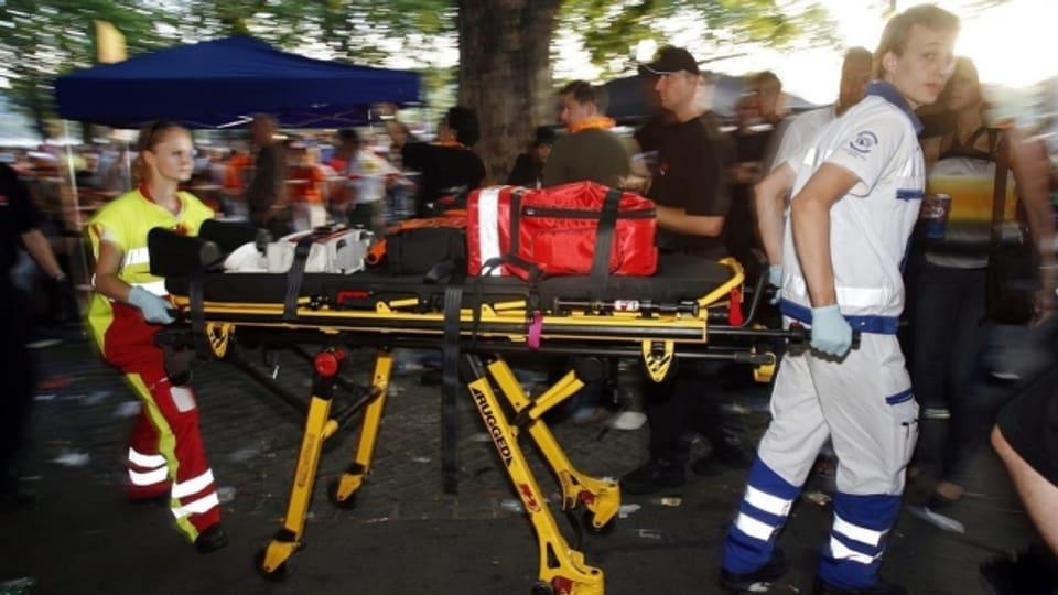 Rettungsleute werden bei ihrem Einsatz immer häufiger selber Opfer von Gewalt.