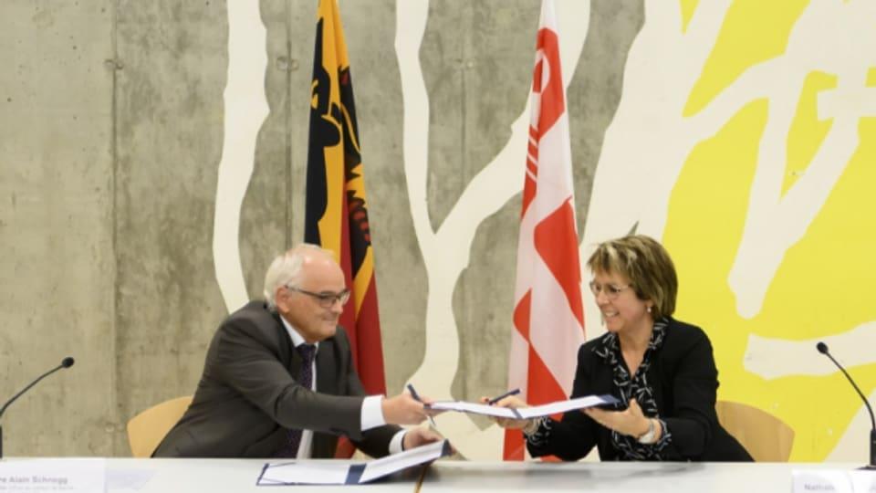 Beide Kantonsregierungen haben die Road Map feierlich unterzeichnet.