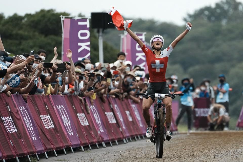 Freude und Stolz nach Olympia-Sieg von Jolanda Neff