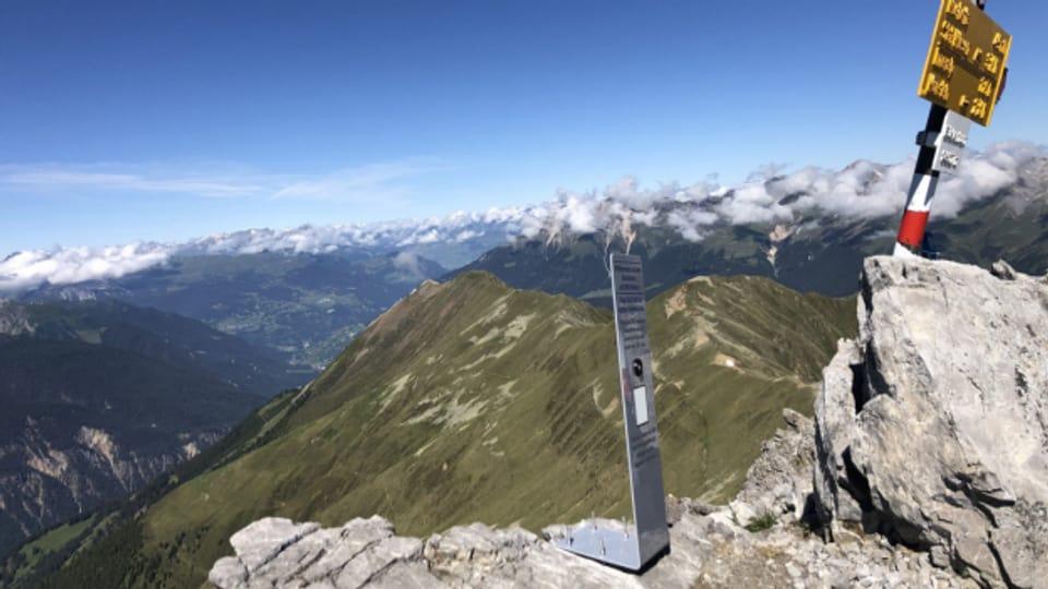 Auch auf dem Büelenhorn (2807 m.ü.M.) zwischen Davos und Bergün steht ein solches Gipfelbuch.