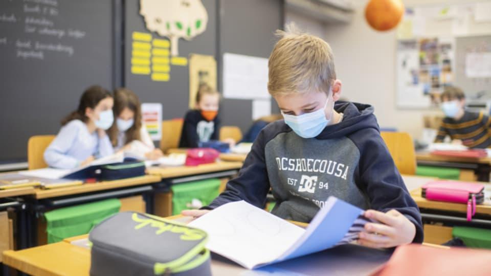 In Zürich hat bereits jedes fünfte Schulkind eine Corona-Infektion durchgemacht.