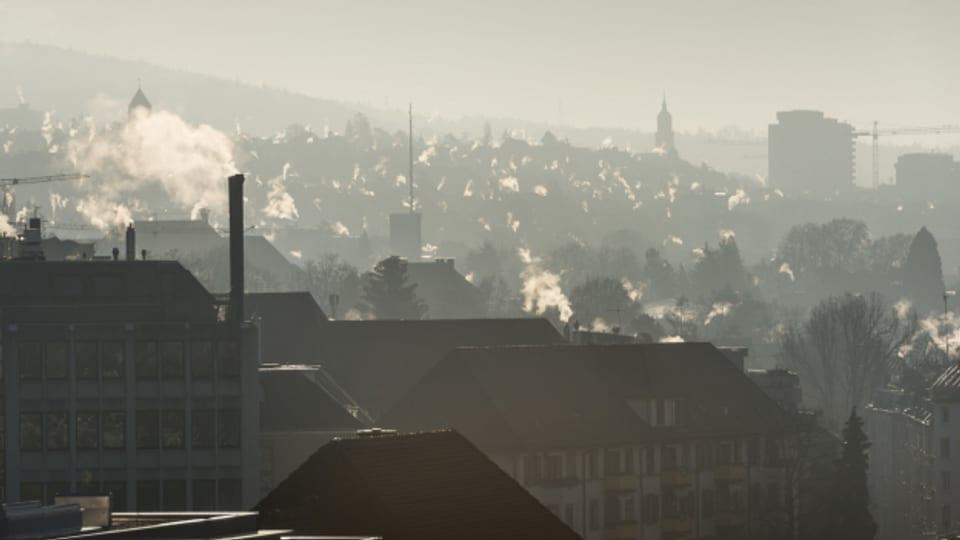Wie lange rauchen die Kamine im Kanton Zürich noch?