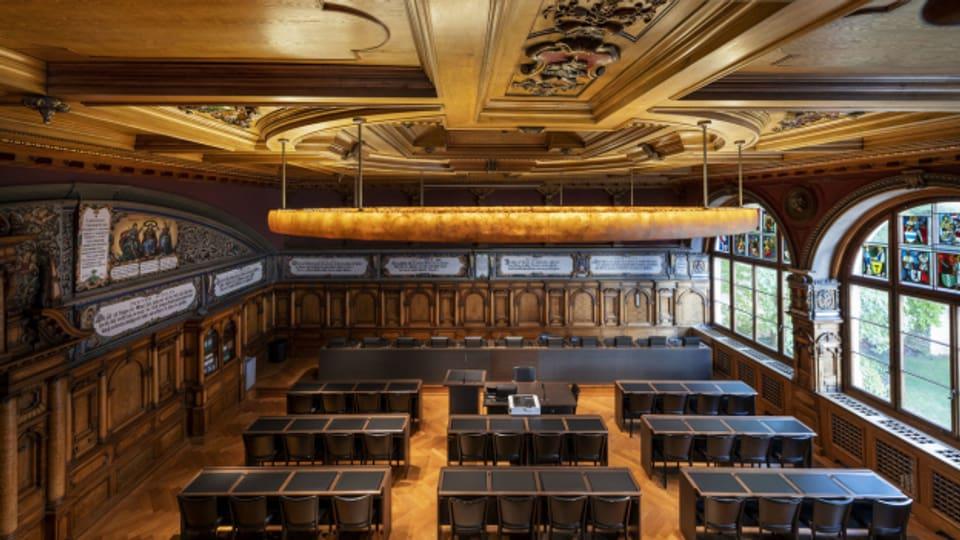 Nach 1.5 Jahren im Exil ist das Kantonsparlament zurück im Schaffhauser Rathaus.