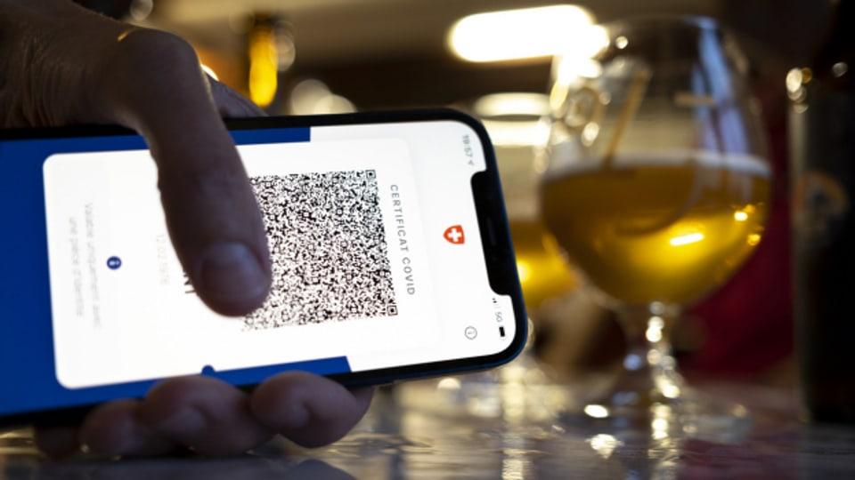 Zertifikat vorweisen: Die Devise auch in Restaurants.