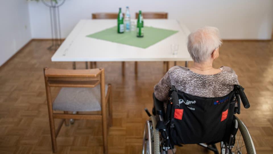 Gewalt gegen Seniorinnen kommt auch in Zürich immer häufiger vor.
