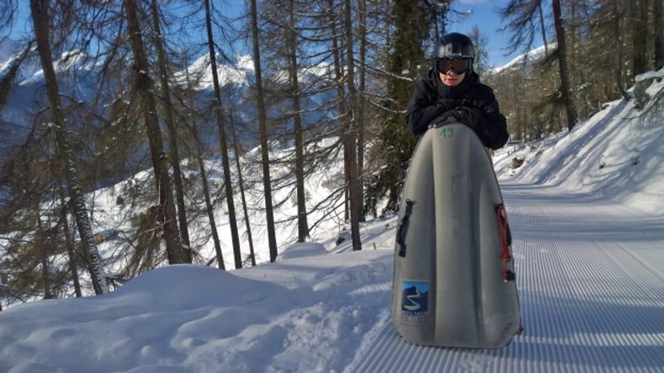 Severin Brugger cun ses airboard.