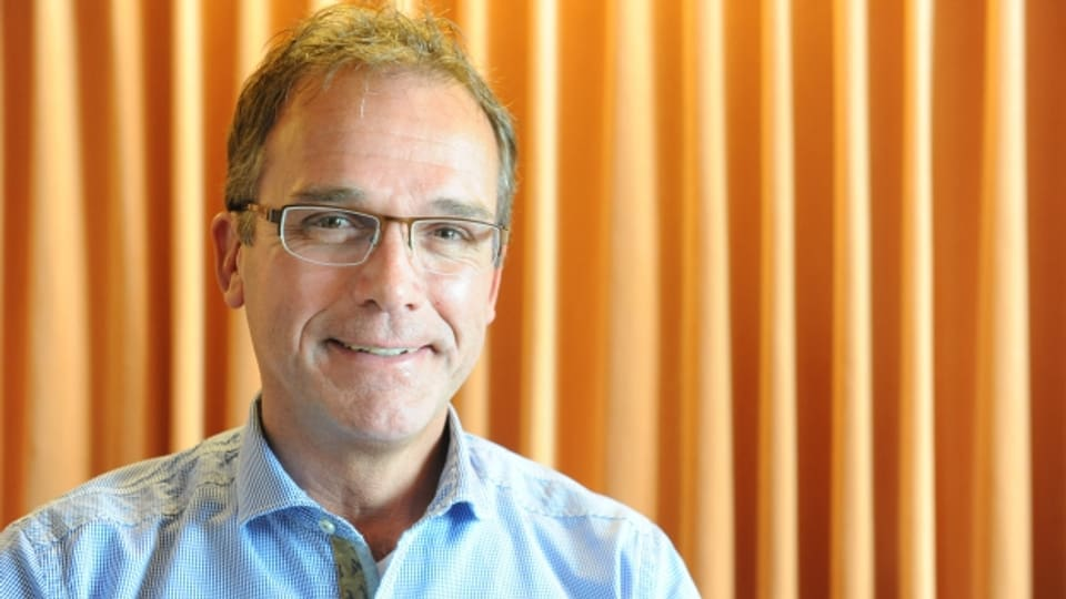 Herbert Schmelzer è dapi trais mais en uffizi sco mainafatschenta dal Center da sport e cultura a Mustér.