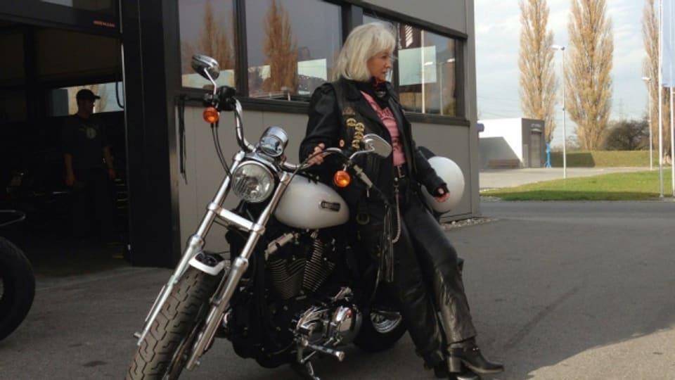 Hanny Soliva, per ella na vegniss nagin auter töf en dumonda che ina Harley.
