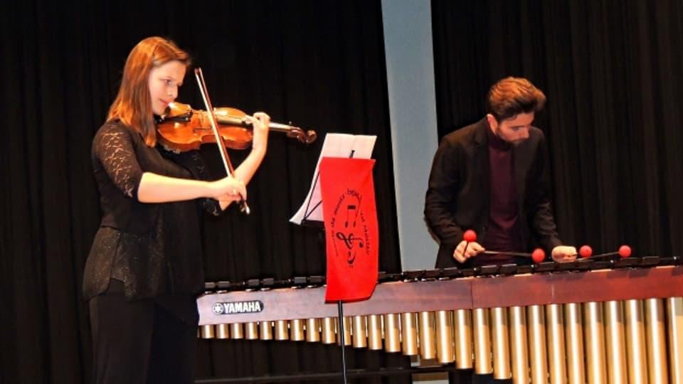 Flurina e Janic Sarott han persvas cun lur concert.