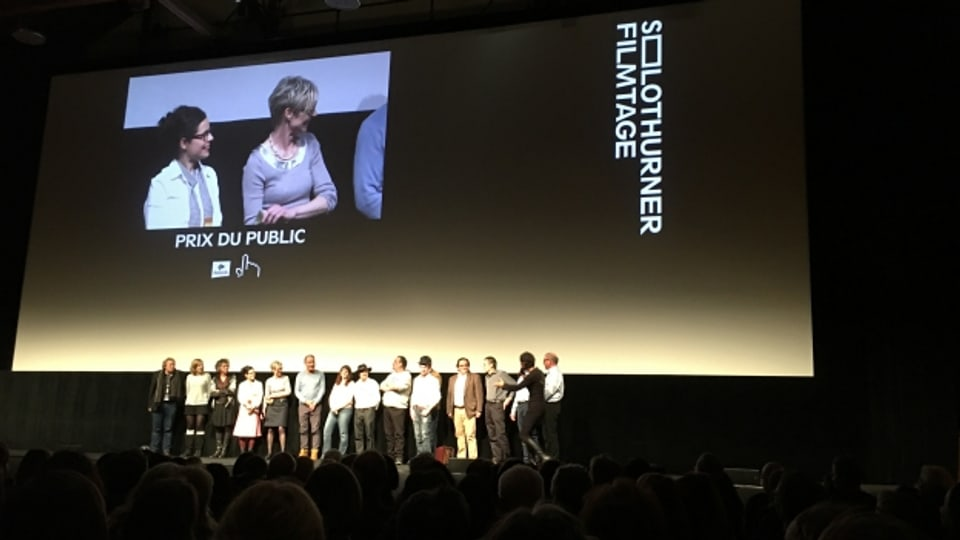 "Suenter la premiera dal film ""unterhört jenisch"""