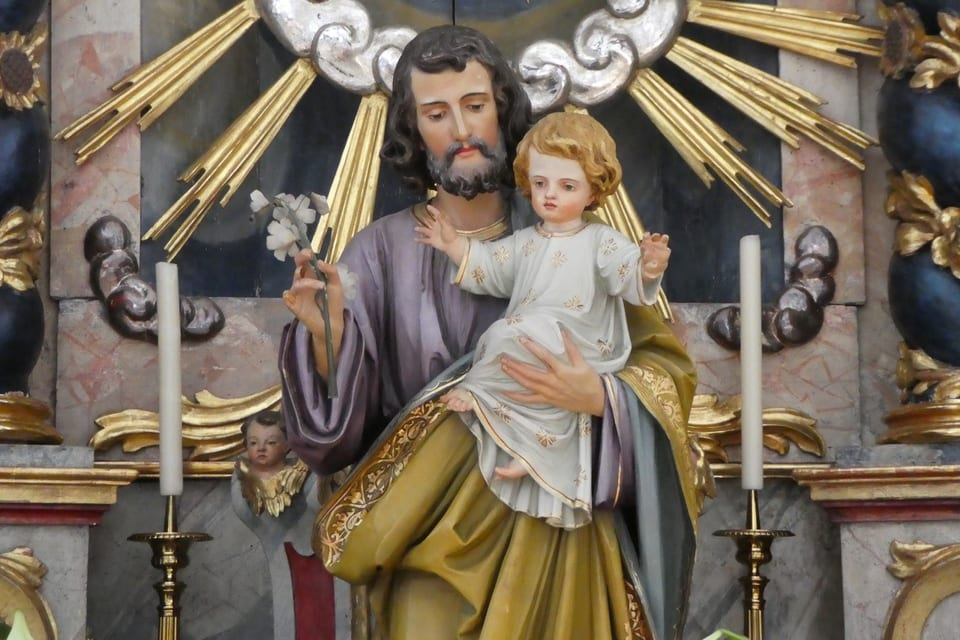 Sontg Giusep, spus da Maria e bab nutrider da Jesus ( baselgia da Sumvitg)
