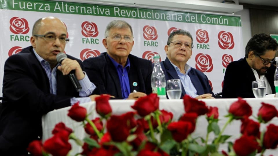 Commembers da la partida democratica FARC, Bogotá / Columbia ils 01-11-2017.