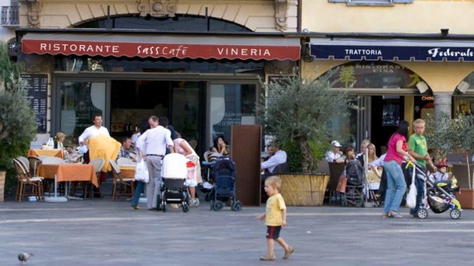 quai vul «Ciao Table» (maletg simbolic).