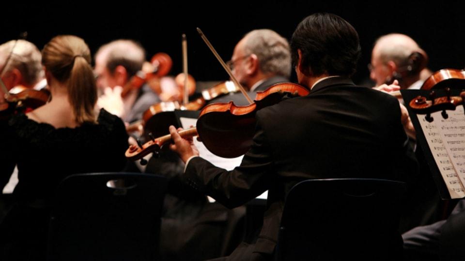 La sinfonia en C-Dur è l'emprima sinfonia da Bizet.