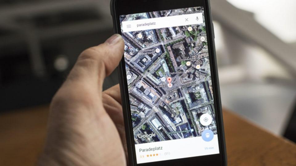 Cun Google Maps pon ins uss er ir tras las vias e guardar quant frequenta che lieus èn.