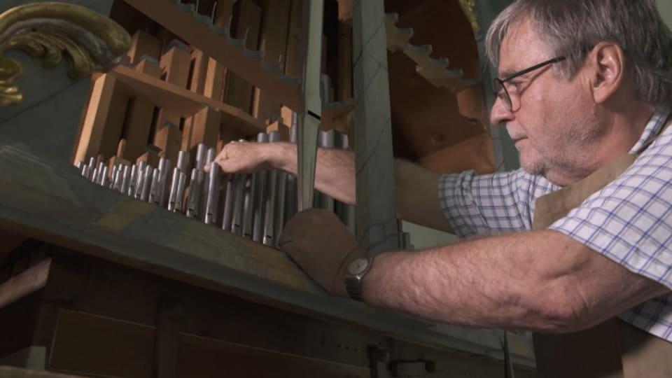 Arno Caluori, construider e restauratur dad orglas.