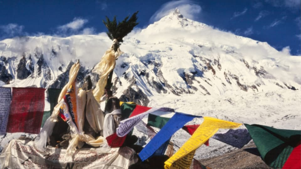 Il piz Manaslu en il Nepal.