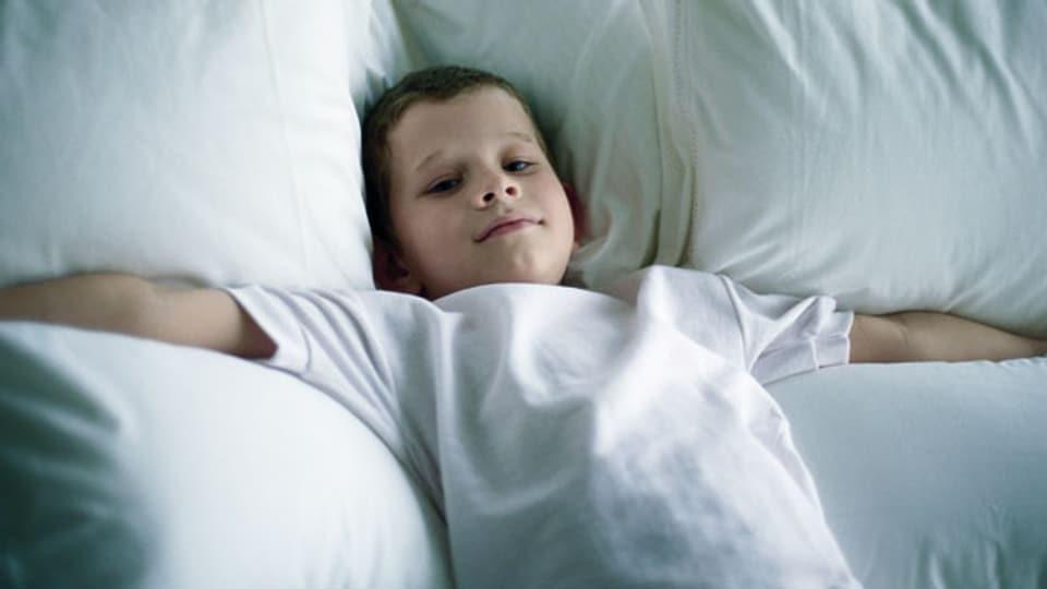 Nur mit der richtigen Pflege bleibt die Bettdecke luftig und weich.