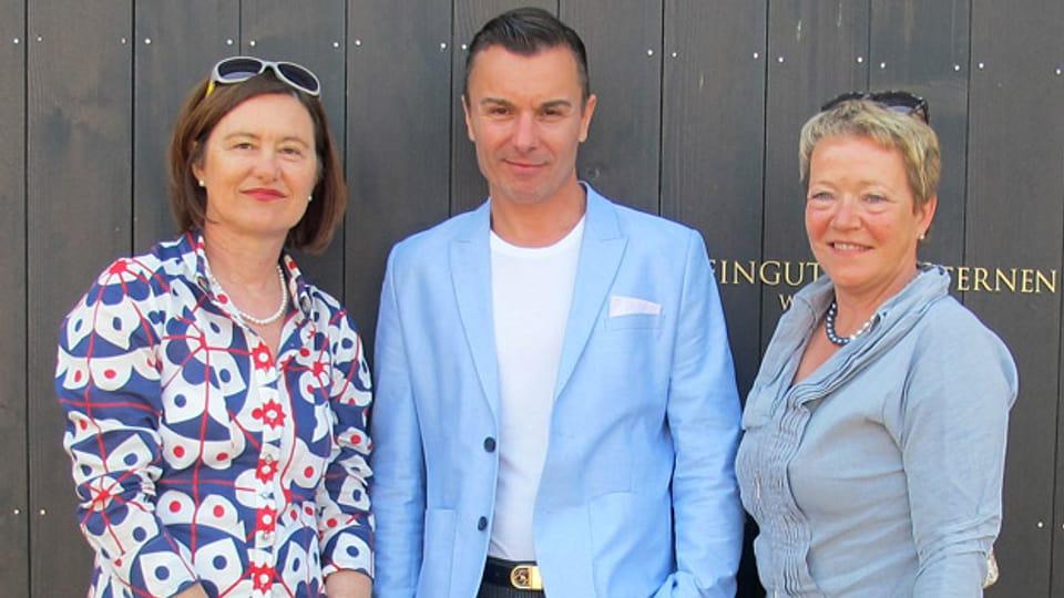 «Persönlich»-Gastgeberin Katharina Kilchenmann (links) mit Alessandro Cipriano und Ursula Gauch.