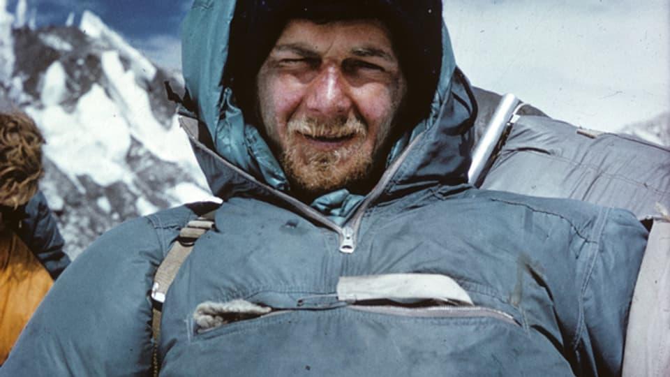 Der erschöpfte Hans-Peter Duttle 1962 auf dem Rückweg in Tibet.