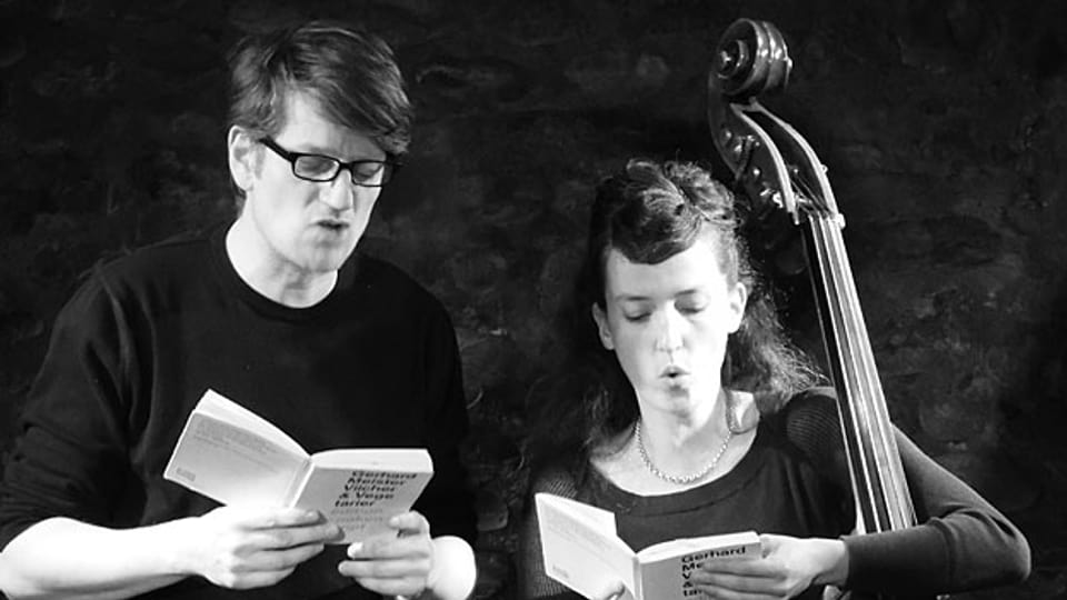 Sie bringen Musik und Literatur zusammen auf die Bühne. Anna Trauffer und Gerhard Meister als Meistertrauffer.