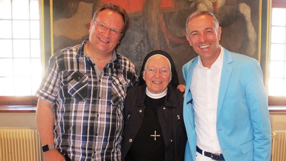Zu Gast bei Dani Fohrler im «Persönlich»: Z'Hansrüedi, Liedermacher, und Schwester Primin.