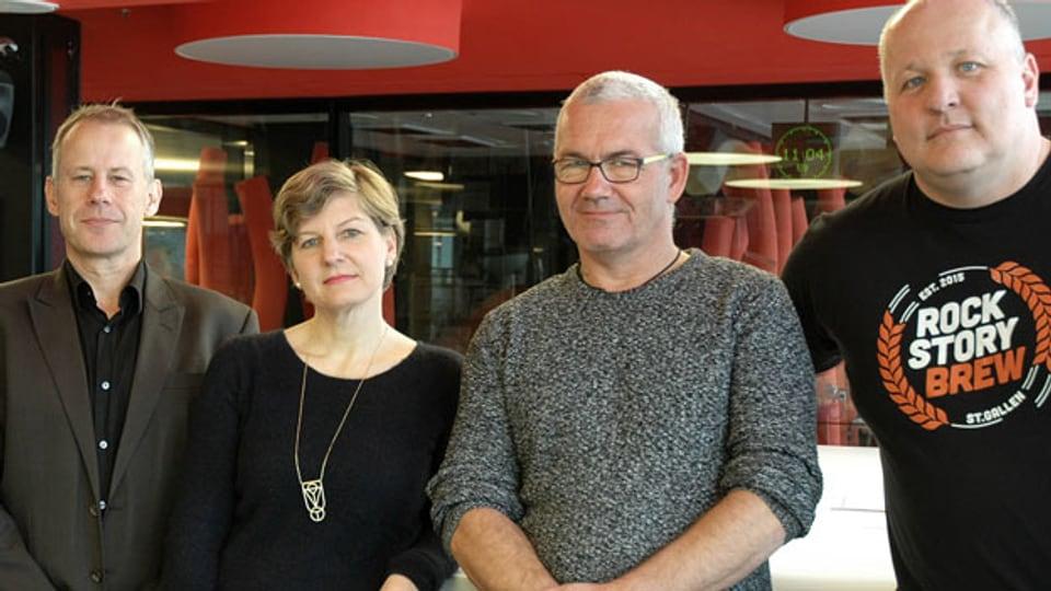 Die vier Nominierten für «Helden des Alltags» im Studio: Jan Capol, Katrin Jaggi, Thomas Niederer und Yannick Cavallin.
