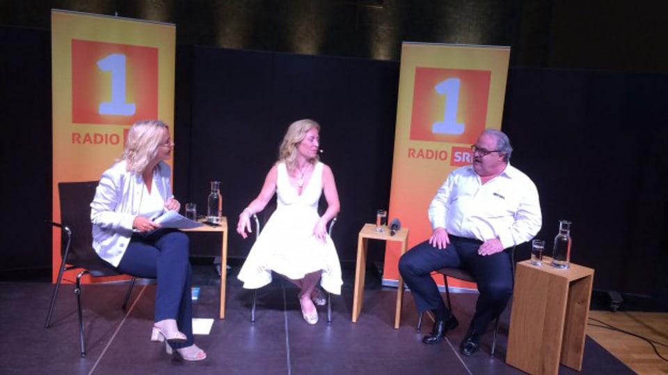 «Persönlich»-Gastgeberin Sonja Hasler (links) im Gespräch mit Diana Pinck und Martin Meuli.