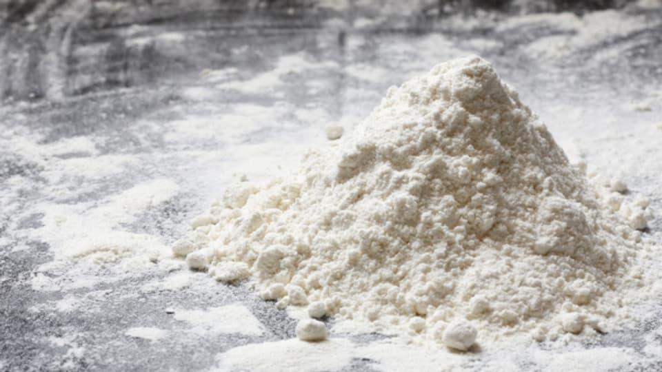 Kaufen Sie  Mehl in Bäckerqualität - So geht Ihr Zopf noch schöner auf.