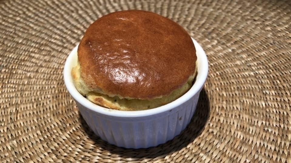 Käse-Soufflé ist ein Klassiker der französischen Küche.