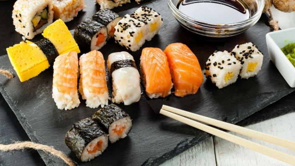 Sushi gibt es in unzähligen Varationen.