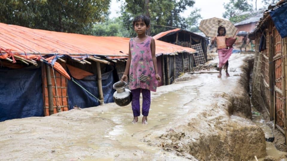 Der Monsunregen bedroht die Flüchtlingscamps der Rohingya in Bangladesch.