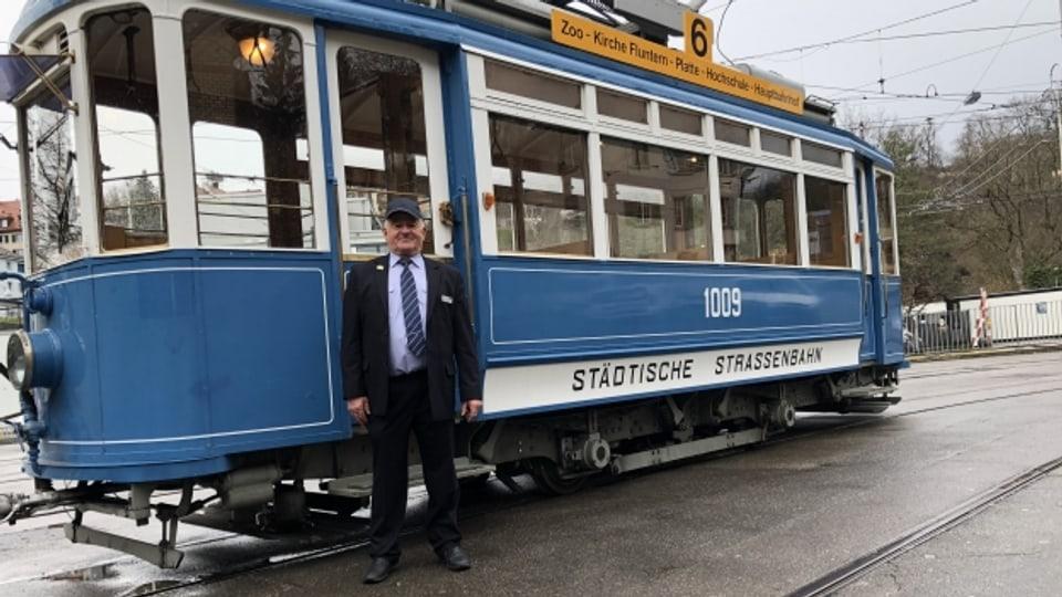 Vor 125 Jahren wurde in Zürich die erste elektrische Tramlinie der Deutschschweiz eröffnet. Wir fahren mit.