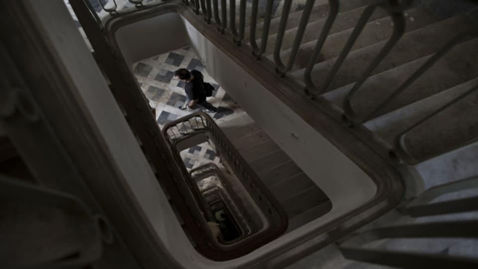 Treppen führen auf- und abwärts, sind gesund und gefährlich und Orte für Begegnungen.