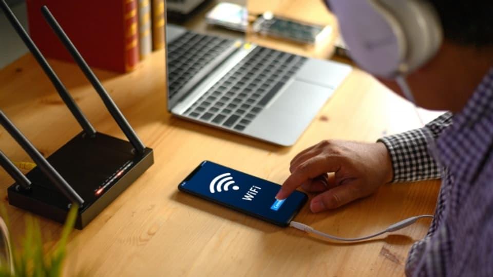 Für die meisten ist der Weg ins Internet per Smartphone mit Hindernissen verbunden.