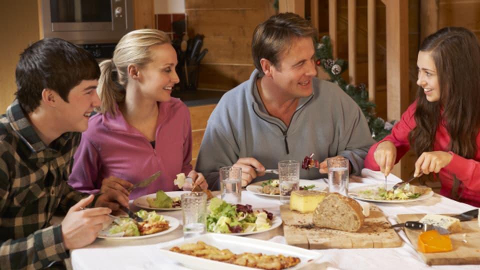 Eine gemeinsame Mahlzeit pro Tag. In Ruhe und ohne Ablenkung.