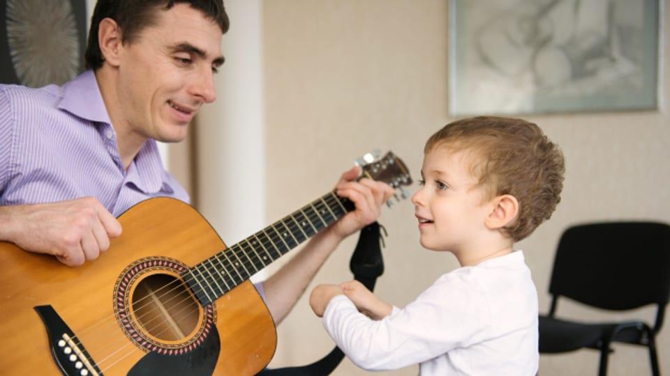 Singen hat erwiesenermassen positive Effekte auf das Gemüt.