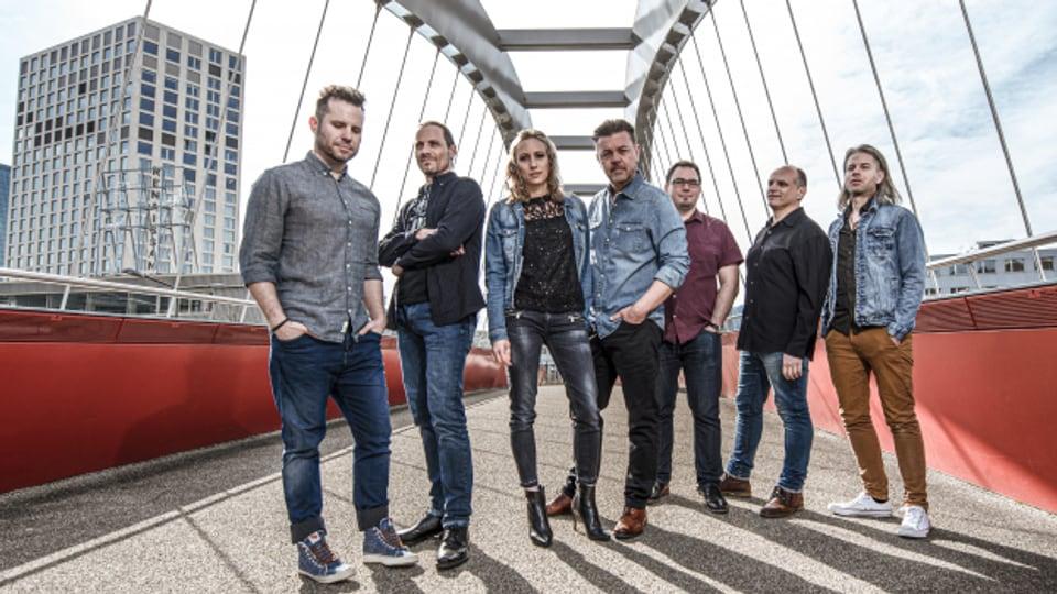 Trybguet mit Padi Bernhard (Mitte) und Sängerin Sarah Heer veröffentlichen ihr knackiges Debut-Album.