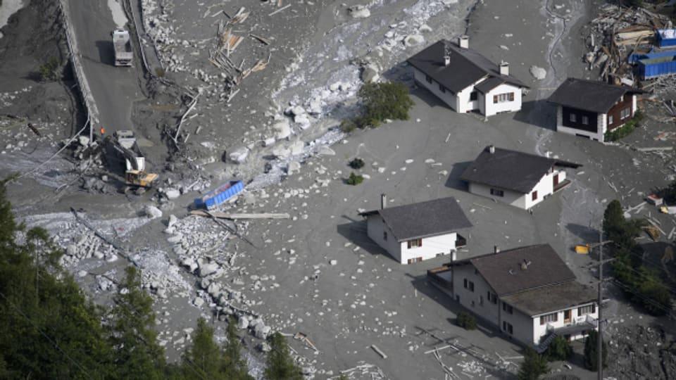 Vor drei Jahren brach der Alptraum über Bondo herein. Teile des Dorfes von einem Murgang zerstört, die Häuser evakuiert. Heute ist das Dorf zum Leben zurückgekehrt.