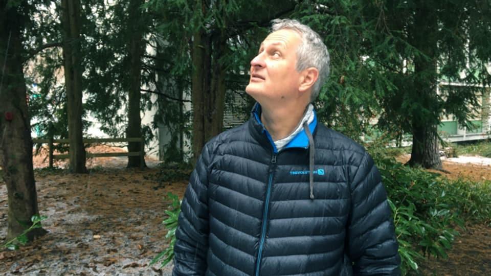 Stefan Eggenberg, Direktor von Info Flora, ist auch im Winter am liebsten draussen. Es darf auch mal ein Stadtpark sein.
