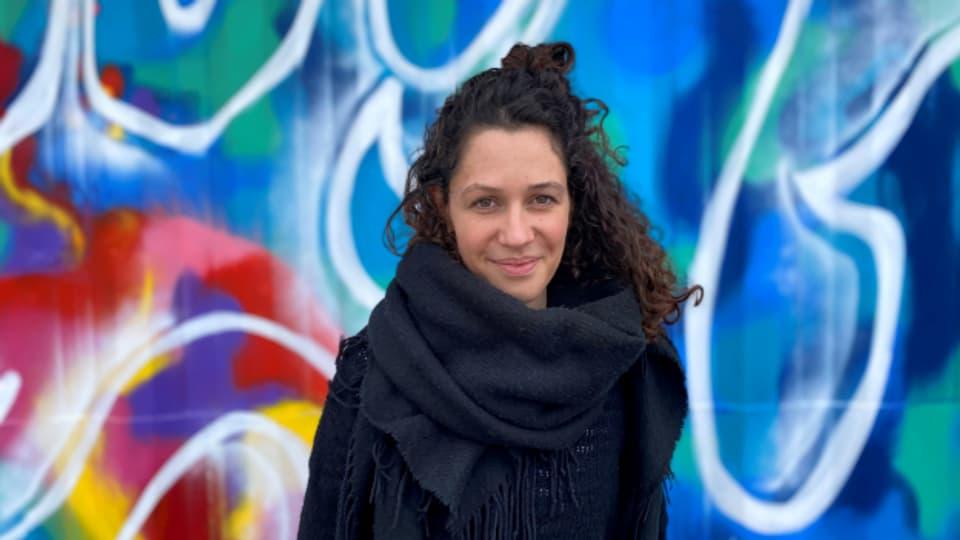 Die 30-jährige Grafikerin Fanny Oppler setzt sich seit 3 Jahren für Flüchtlinge auf Lesbos ein