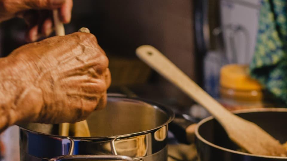 Wer Technik in der Küche mag, wird schnell fündig. Mittlerweile gibt es etliche Küchengeräte.
