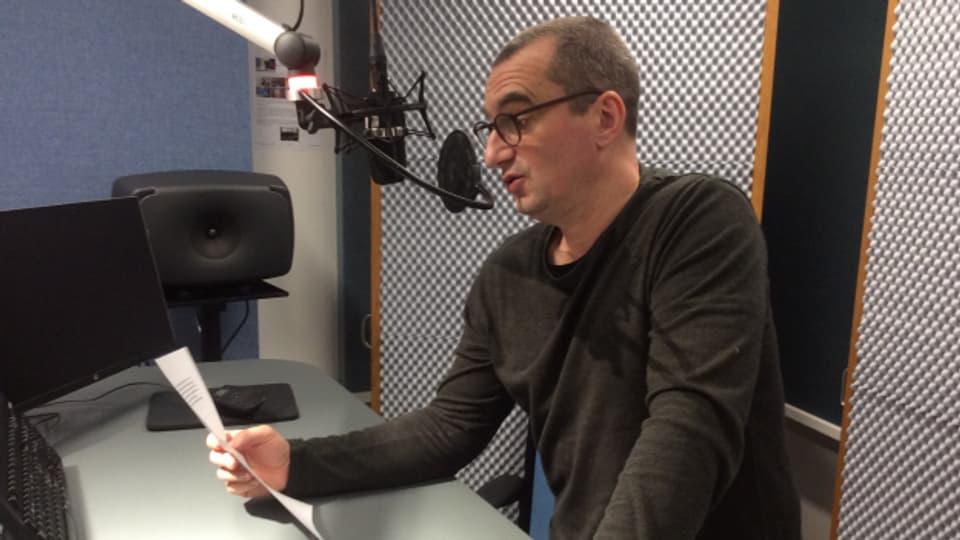 Satire-Redaktor Alexander Götz hat sich durch die Neuerscheinungen gehört.