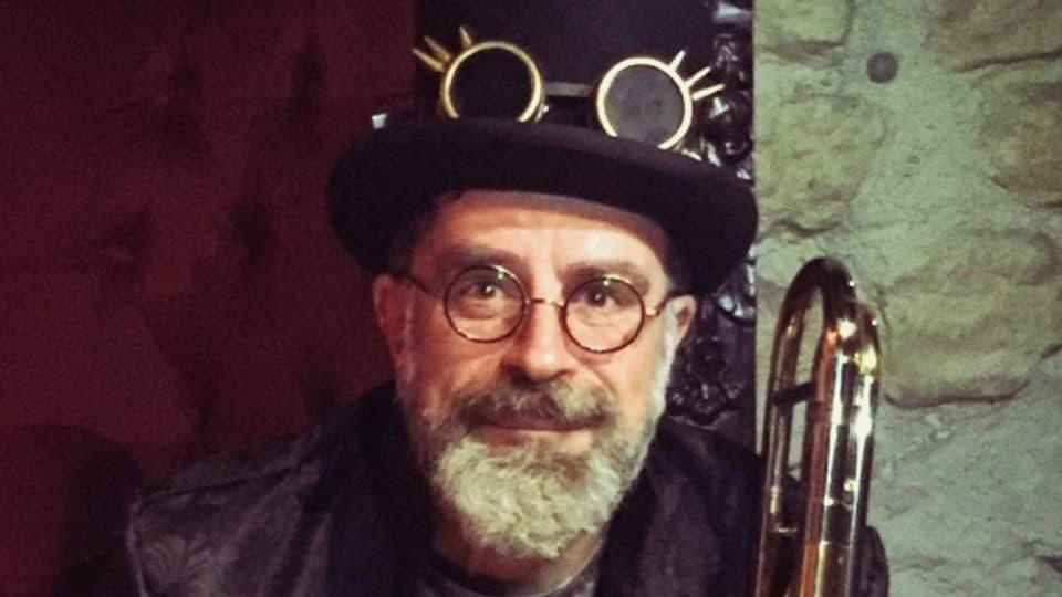 Rolf Petersen von der Noggeler Guuggenmusig aus Luzern ist live zu Gast
